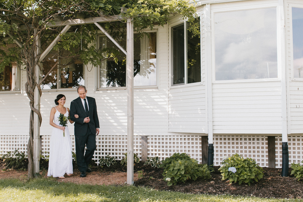 Heritage Prairie Farm Chicago Wedding Photographer Mae Stier-090.jpg