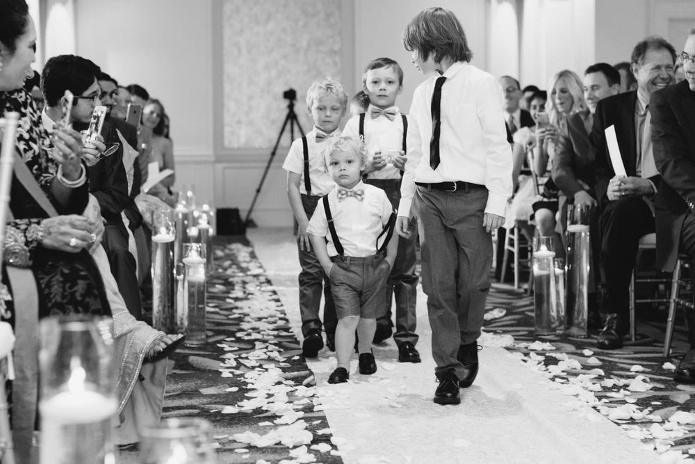 Detroit Michigan Lifestyle Wedding Photographer Mae Stier-031.jpg