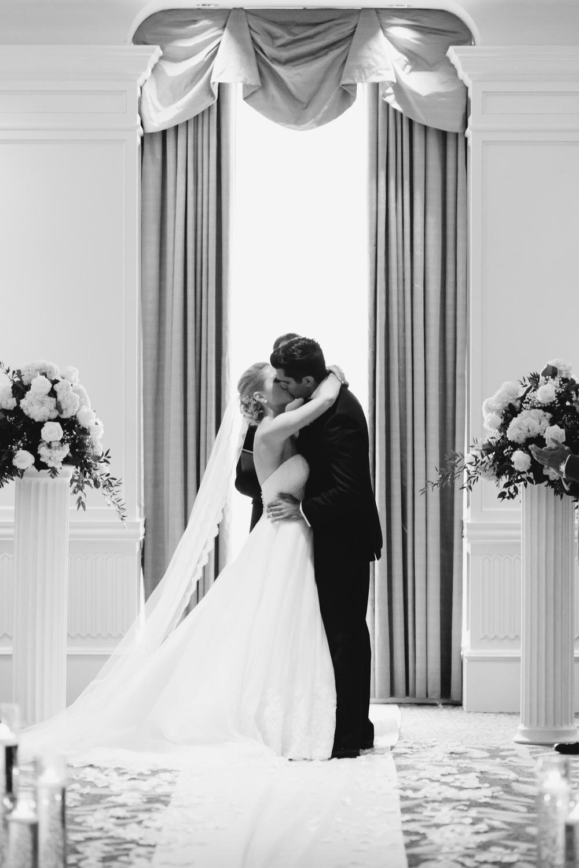 Detroit Michigan Lifestyle Wedding Photographer Mae Stier-175.jpg