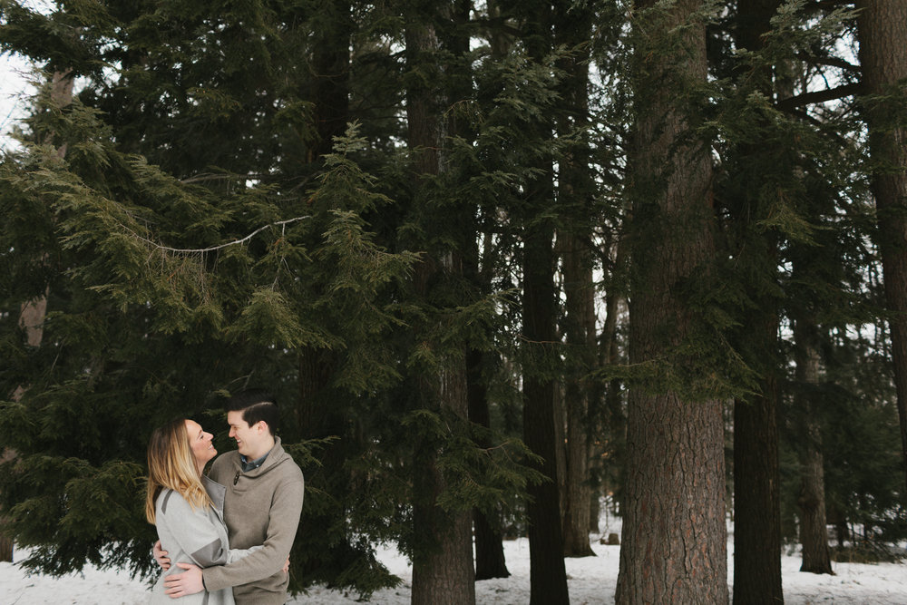 Northern Michigan Engagement and Wedding Photographer Mae Stier-020.jpg