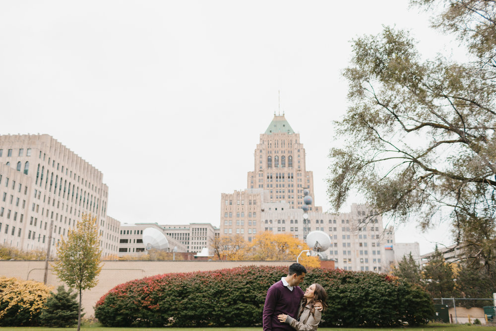 Detroit Engagement and Wedding Photographer Mae Stier-007.jpg