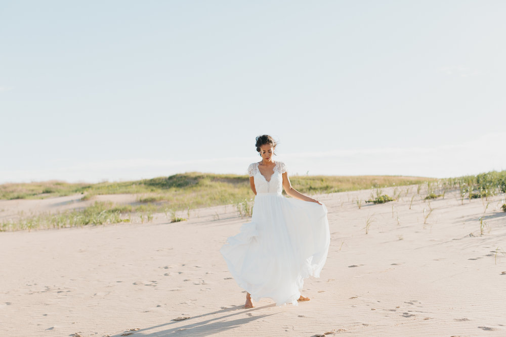 Sleeping Bear Dunes Bridal Portraits Wedding Photographer Mae Stier-032.jpg
