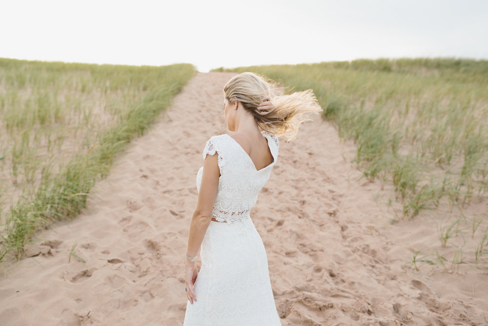 Sleeping Bear Dunes Bridal Portraits Wedding Photographer Mae Stier-037.jpg