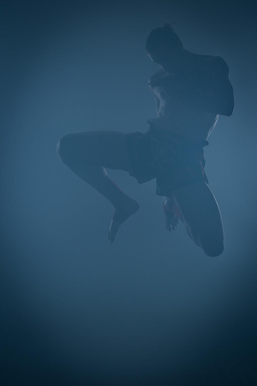 Matt gives a flying knee
