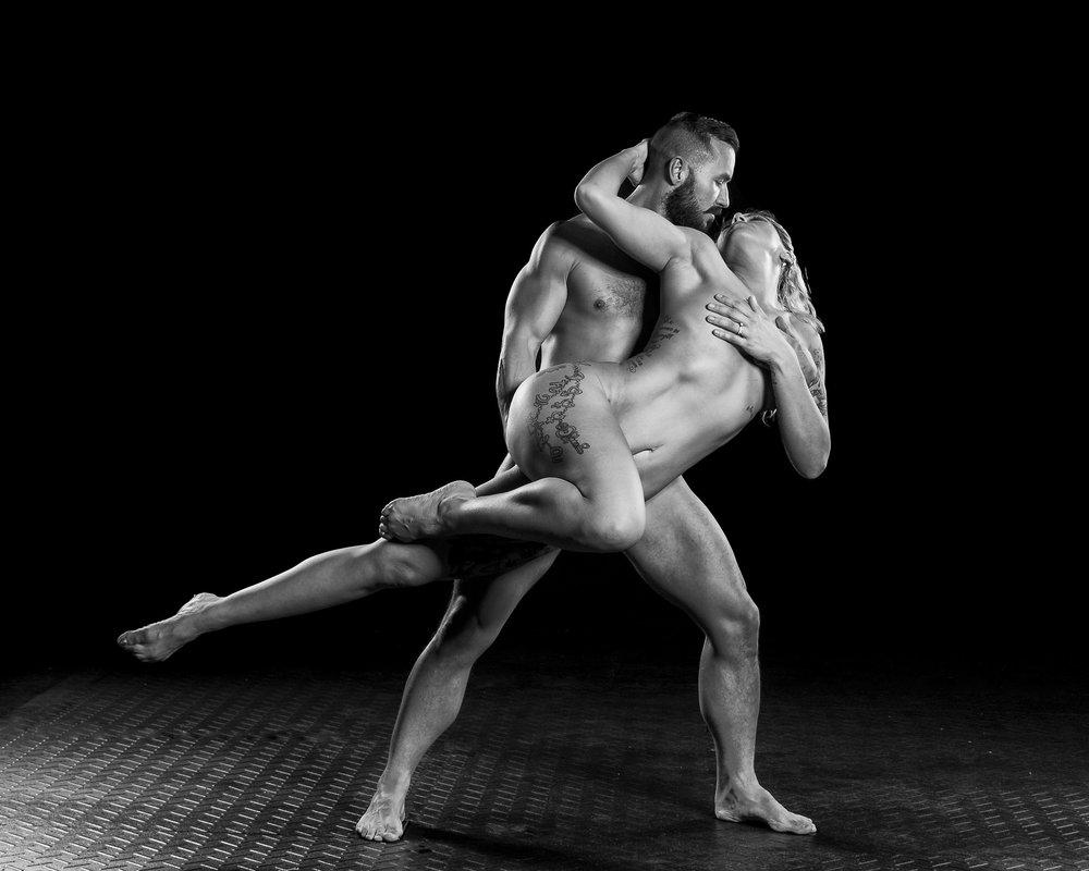 couples-acro-yoga.jpg