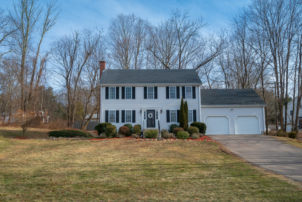 Listed By the MICHAEL-SULLIVAN GROUP