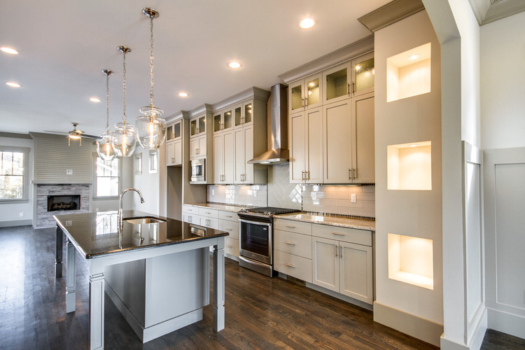 LANDON DEVELOPMENT CREATES STUNNING KITCHENS