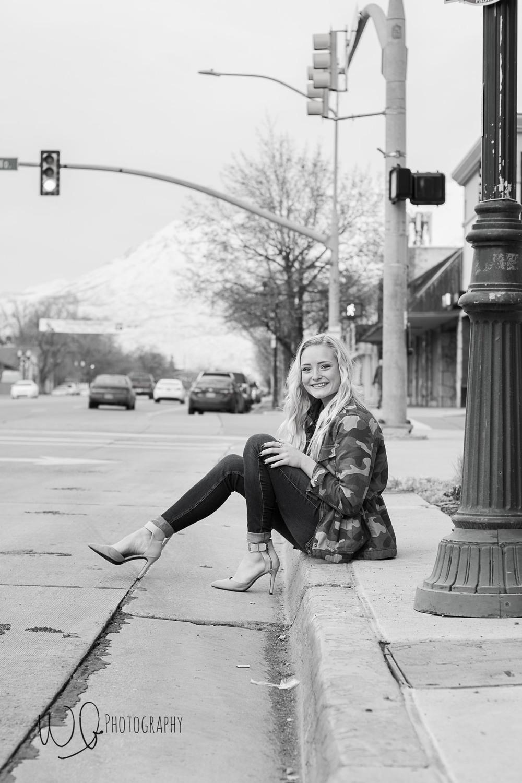 Senior pictures, City photo shoot