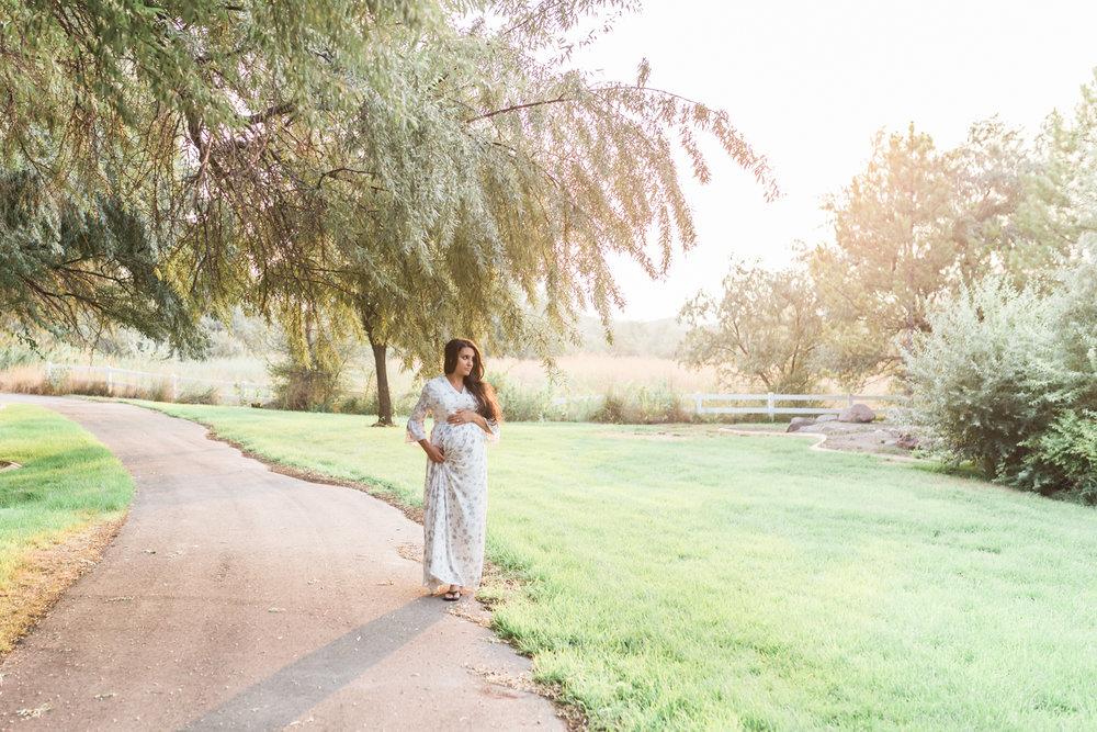 Utah maternity photographer