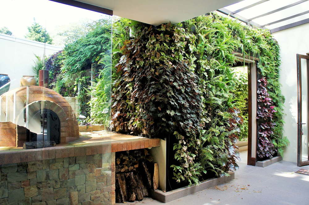 Proyectos residenciales recursos verdes jardines for Jardin vertical cocina