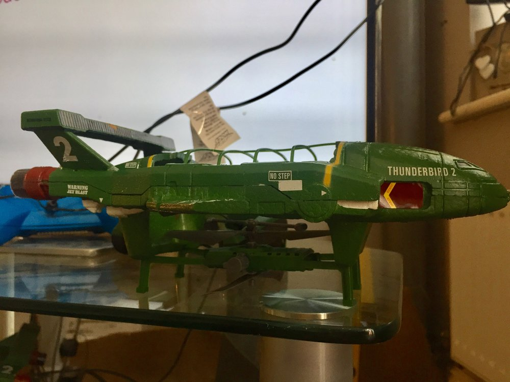 Air Hogs RC Thunderbirds 2 brings you an Authentic Thunderbird 2 design from Thunderbirds Are Go TV show, and the attention to detail is fantastic.