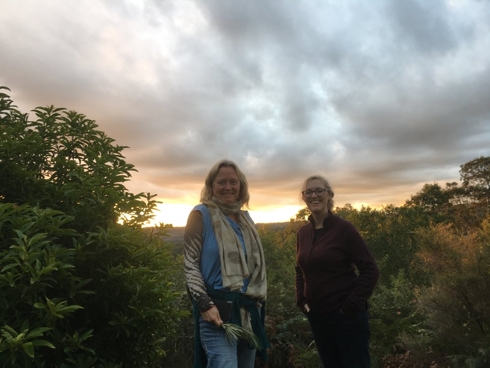 Kirsten Ingmar and myself at Bexhill, New South Wales, Australia. (2nd week)   Sunset watching at Bexhill, just before dinner. Kirsten also wanted to get some more flora and fauna for her wonderful plant dyeing workshop.