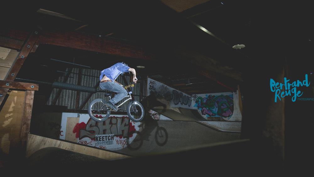 14211723-bike park lausanne.jpg