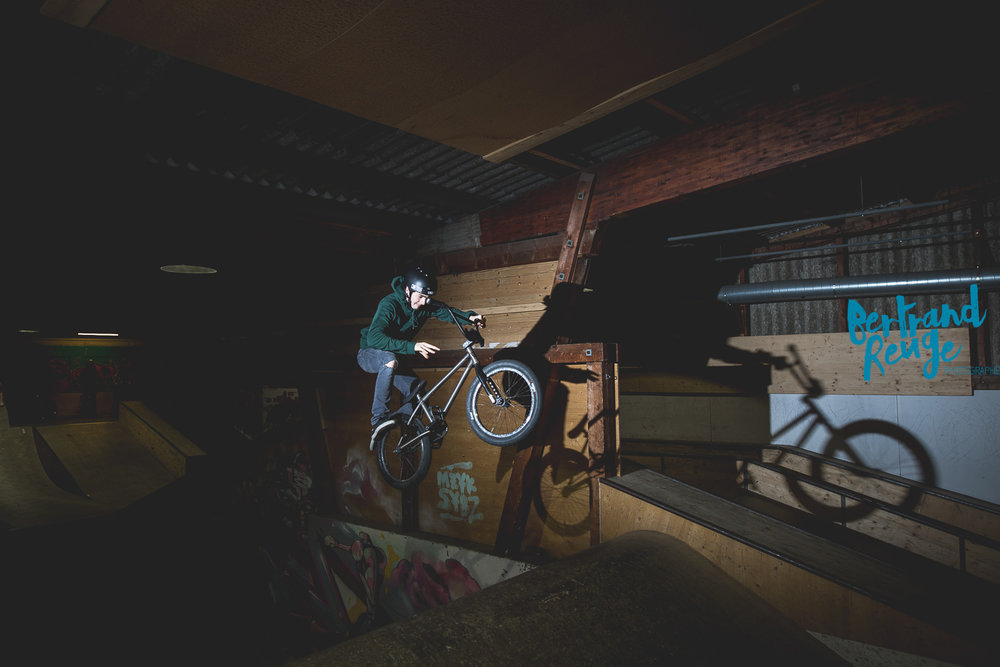 14215252-bike park lausanne.jpg