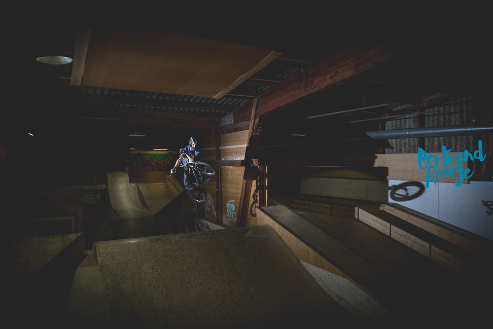 14220206-bike park lausanne.jpg