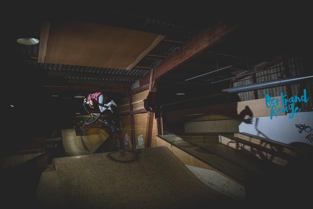 14220354-bike park lausanne.jpg