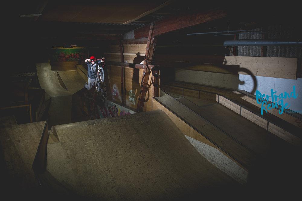 14220808-bike park lausanne.jpg