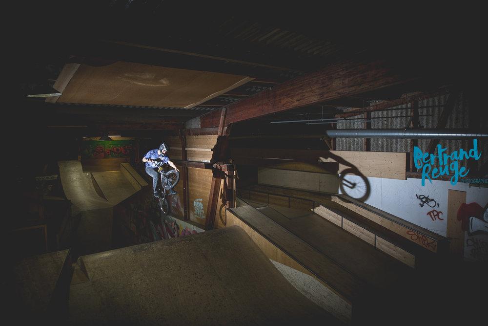 14221131-bike park lausanne.jpg