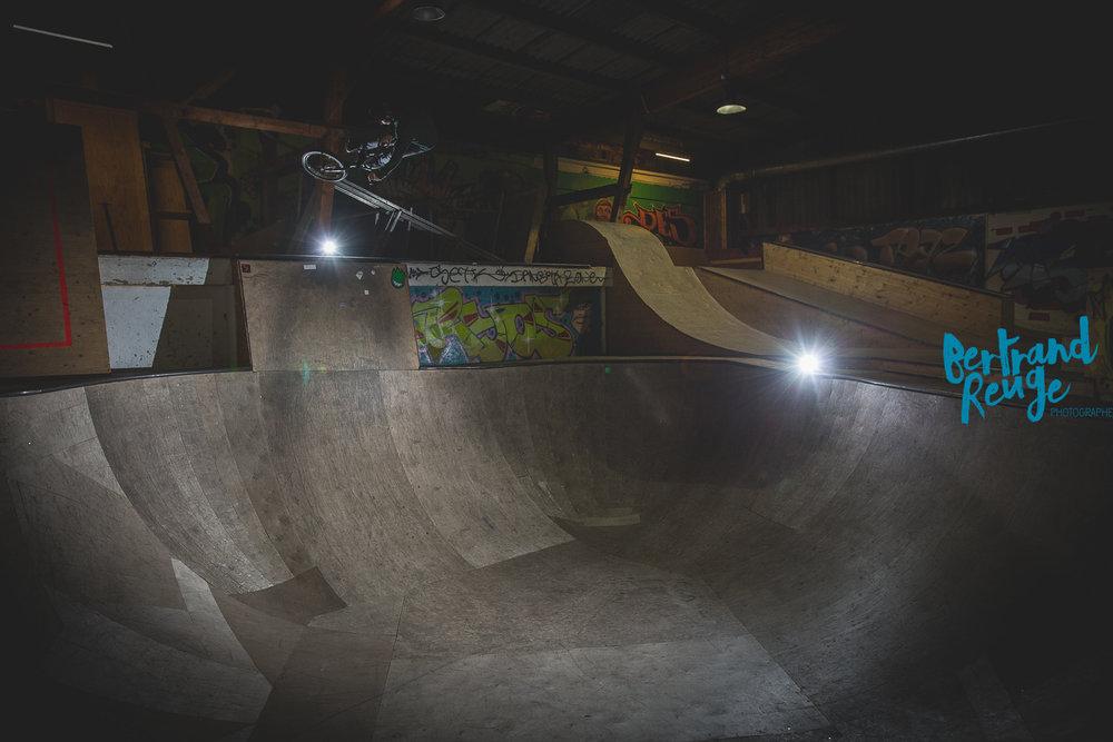14232857-bike park lausanne.jpg