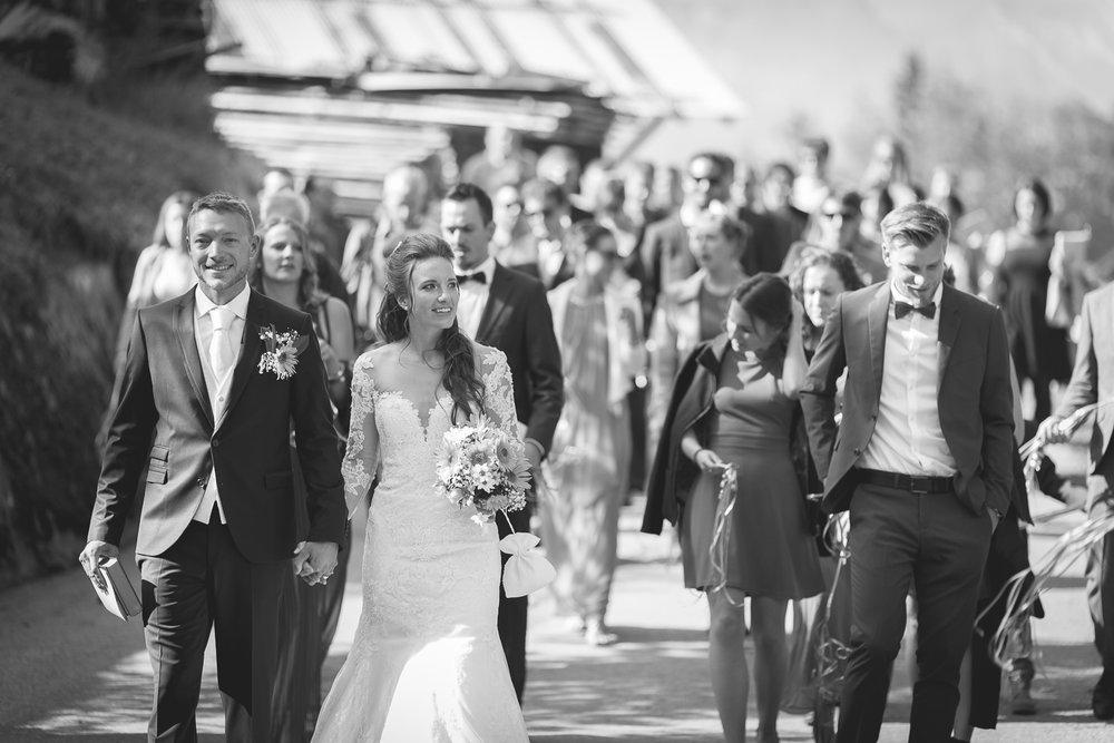 Cortège pédestre des mariés