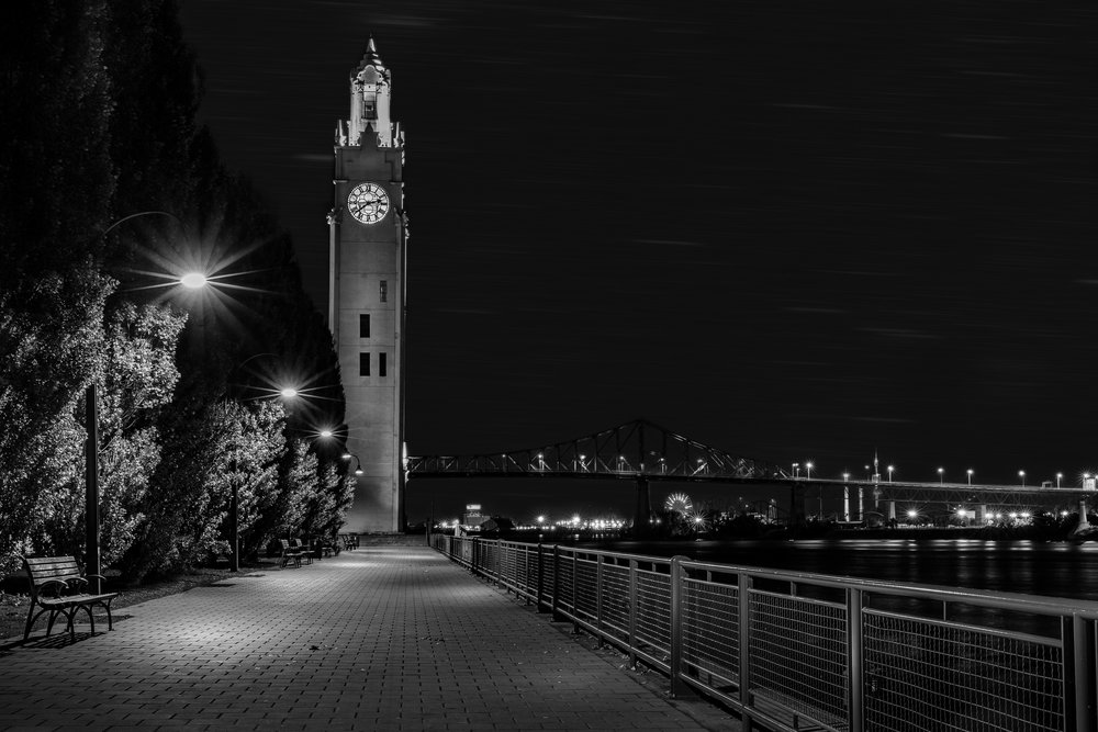 Montreal Clock Tower is located in Quai de l'Horloge-Captura Camera