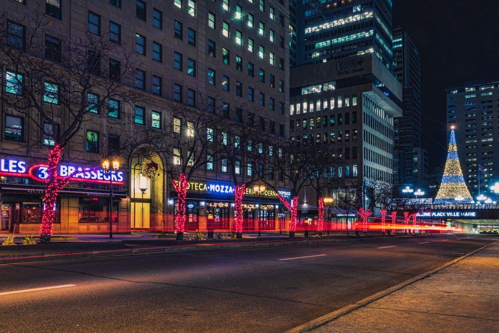 McGill College Avenue-Christmas-Montreal-Captura Camera