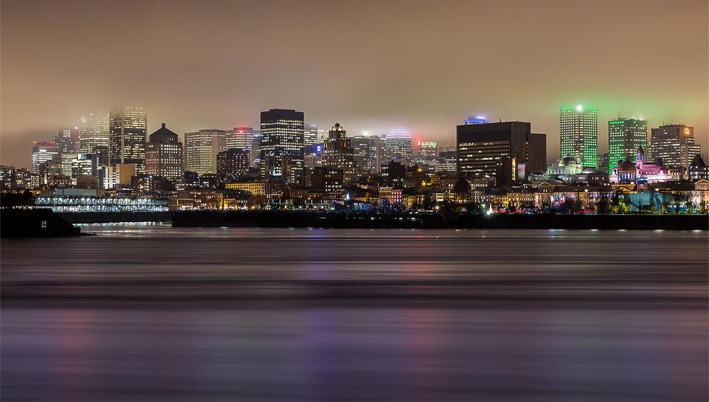 Montreal Skyline Fog-Captura Camera