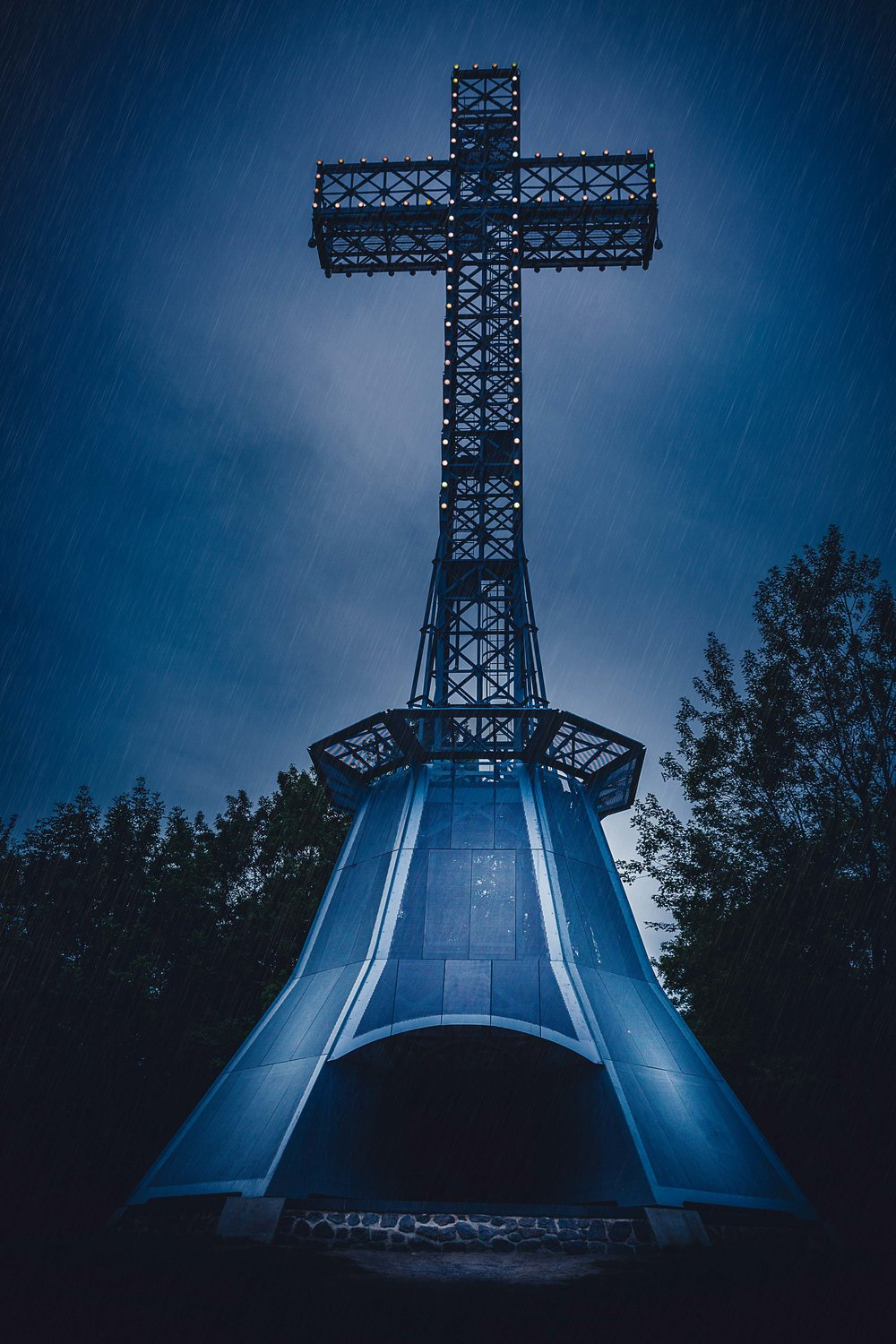 Mount Royal Cross-Montreal-Captura Camera