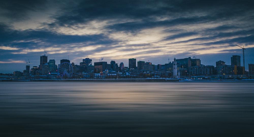Montreal Skyline-Captura Camera