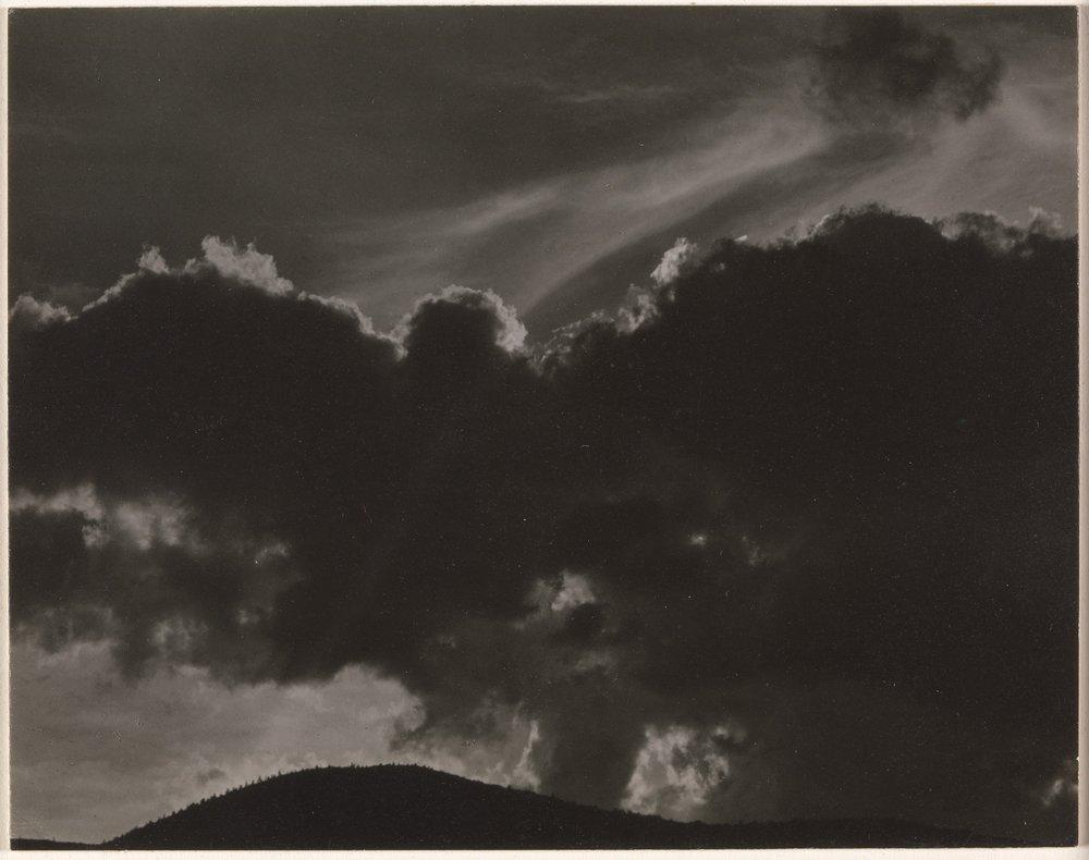 Alfred Stieglitz, (1864, Hoboken, USA) - Verso la fine del 1905, su incoraggiamento del suo giovane protetto Steichen, Stieglitz aprì la