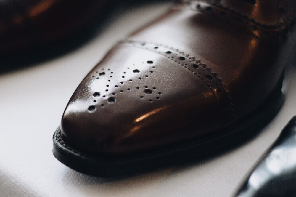 Brogues, not oxfords // Photo by 10 Leaves