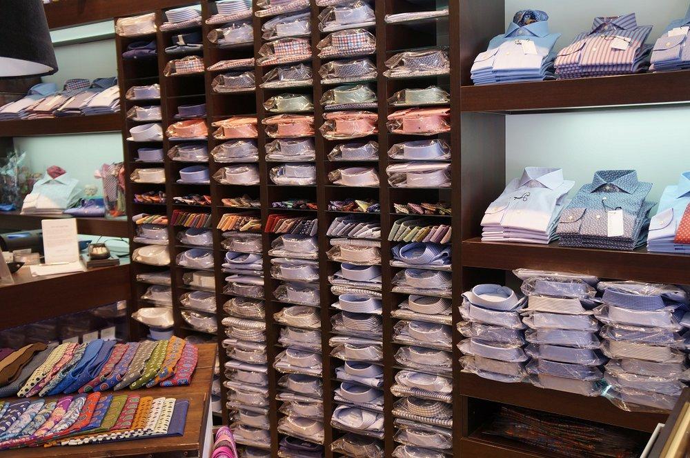 Andrew's Ties Sweden dress shirt selection.