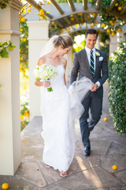 "<a href=""/kate""><span style=""color:white;"">Katie & Joe <a href=""/kate""></span>→<strong> Estate Wedding <br> Santa Barbara, California </strong></a>"