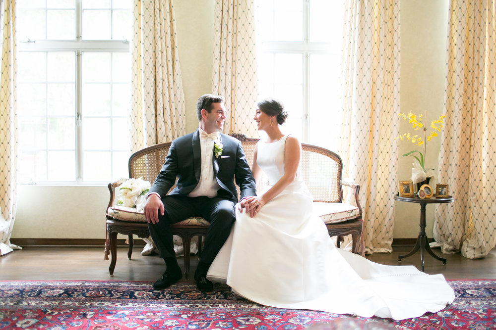 """<a href=""""/lisa""""><span style=""""color:white;"""">Megan & David →<strong>Los Angeles Wedding <br> Los Angeles, California </strong></a>"""