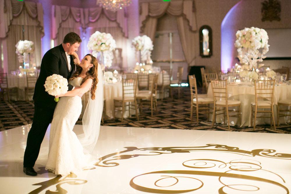 """<a href=""""/erica-glenn""""><span style=""""color:white;"""">Erica & Glenn →<strong>Terranea & Trump Wedding <br> Palos Verdes, California </strong></a>"""