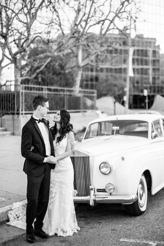 "<a href=""/sarahbrandon""><span style=""color:white;"">Sarah & Brandon →<strong>Los Angeles Wedding <br> Los Angeles, California </strong></a>"