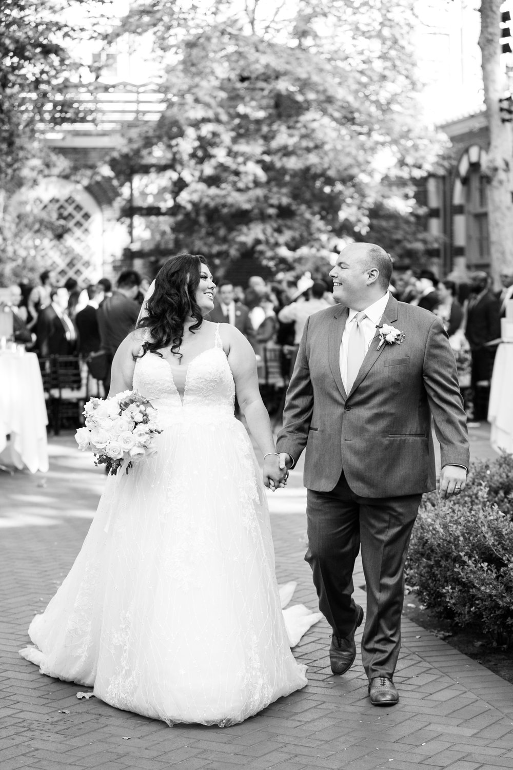 "<a href=""/amnehfrank""><span style=""color:white;""> Amneh & Frank →<strong>Los Angeles Wedding <br> University of Southern California </strong></a>"