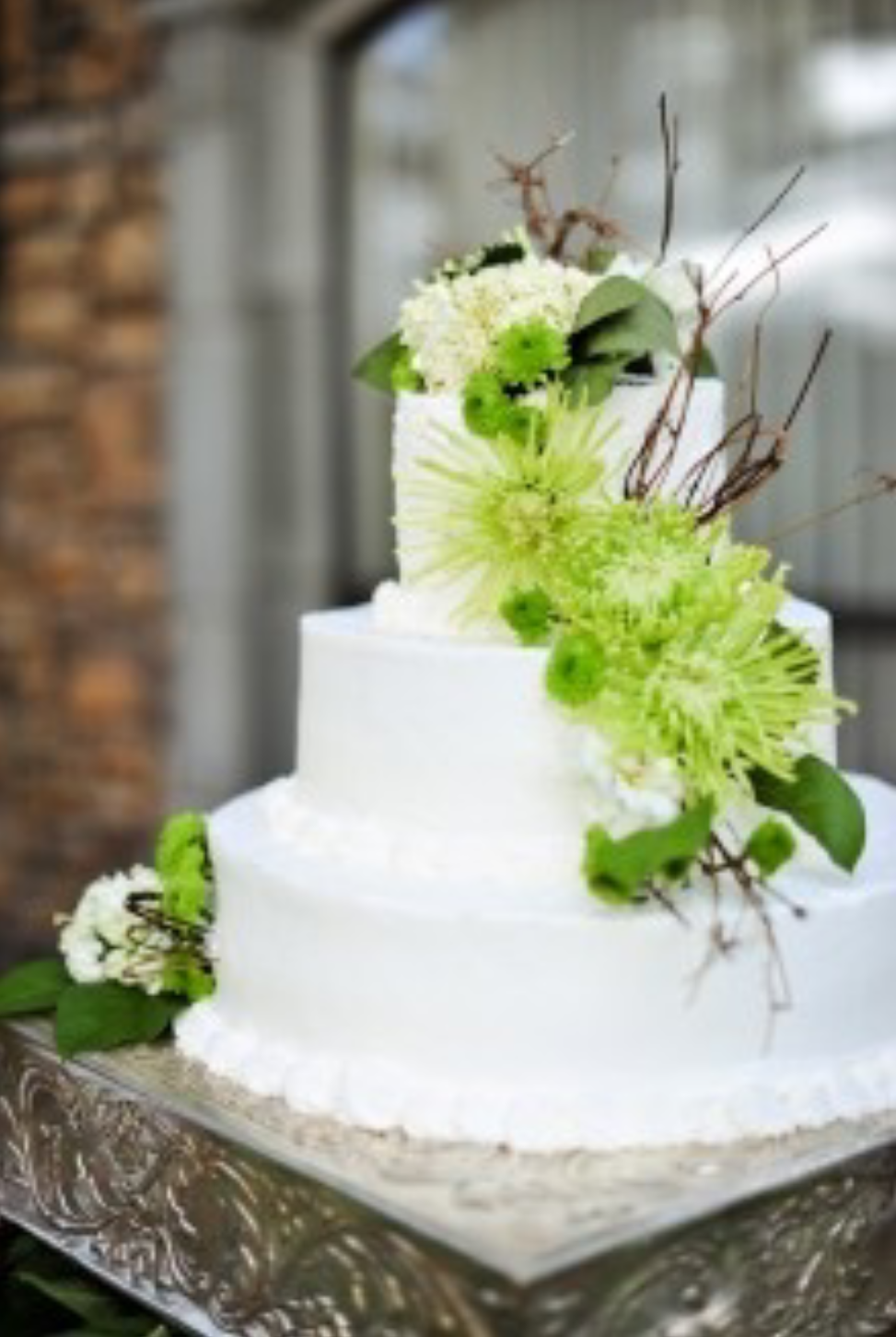 kaylabellevents_ lime_ green_ weddingcake.png