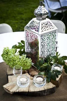 www.kaylabellevents.com, shabby chic weddings, silver lantern centerpiece, silver centerpiece
