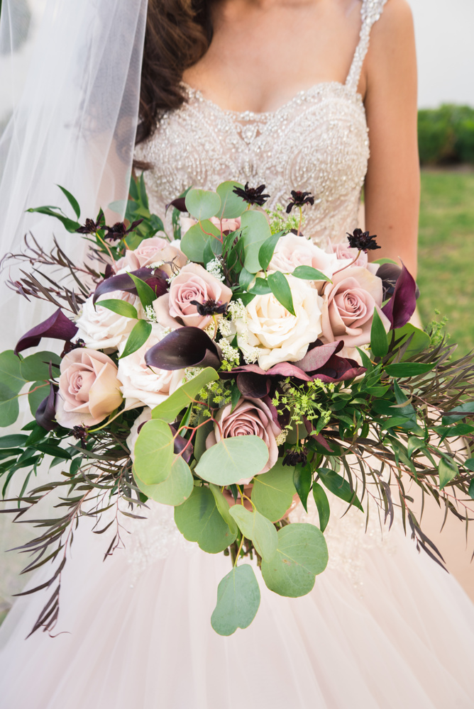 I LOVE THIS ARRANGEMENT!  - Flowers by : Dream Bouquet