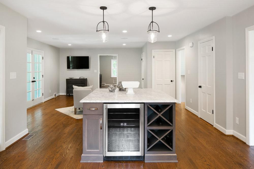 Tim Furlong Jr. _ Brenlow Properties _ 209 Daleview (33 of 39).jpg