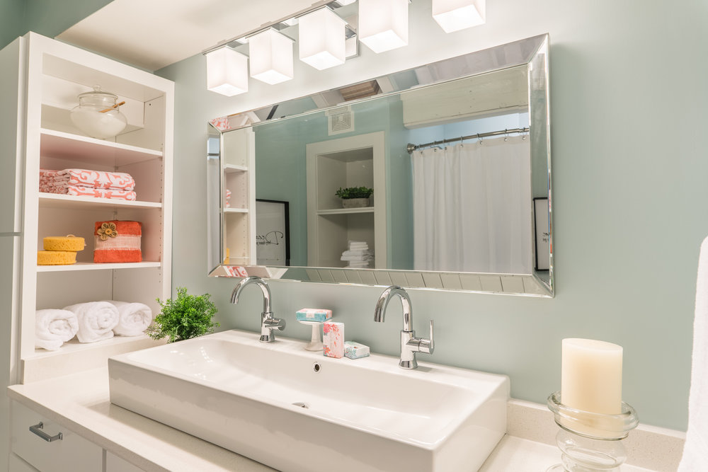 Kids' bathroom vanity
