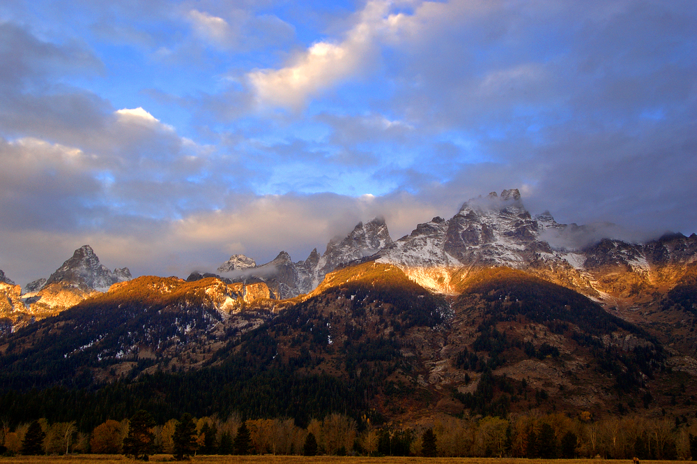AM Teton Stripe101205.jpg