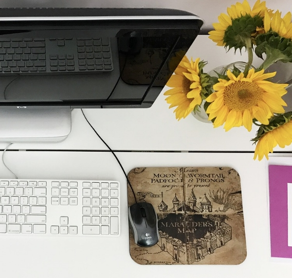 Some desk details, like my Marauder's Map mousepad!