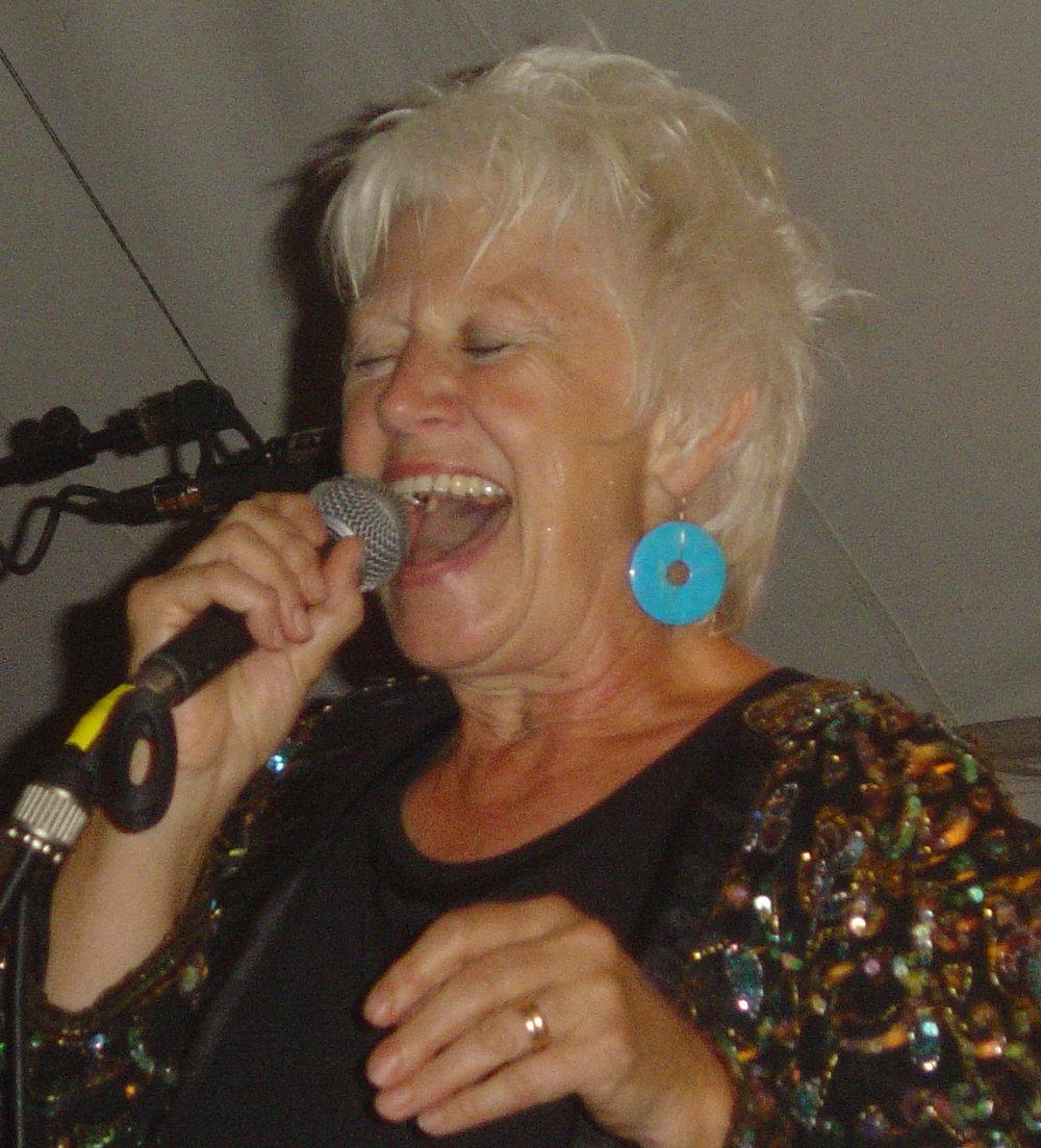 Linda Nicholas