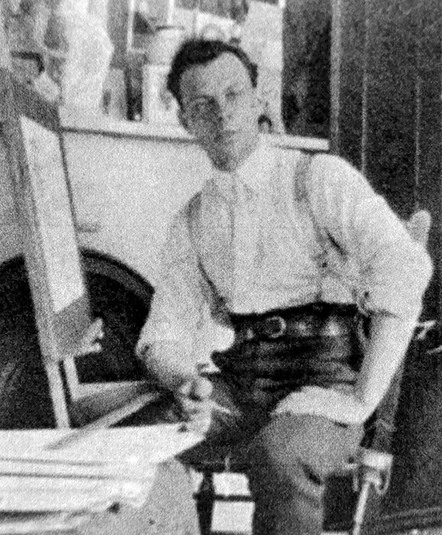 Although he had exhibited alongside the greats of the art world David Milne, shown in New York in 1909, was relatively unknown to the Canadian public at the time of his move to the Bancroft area.
