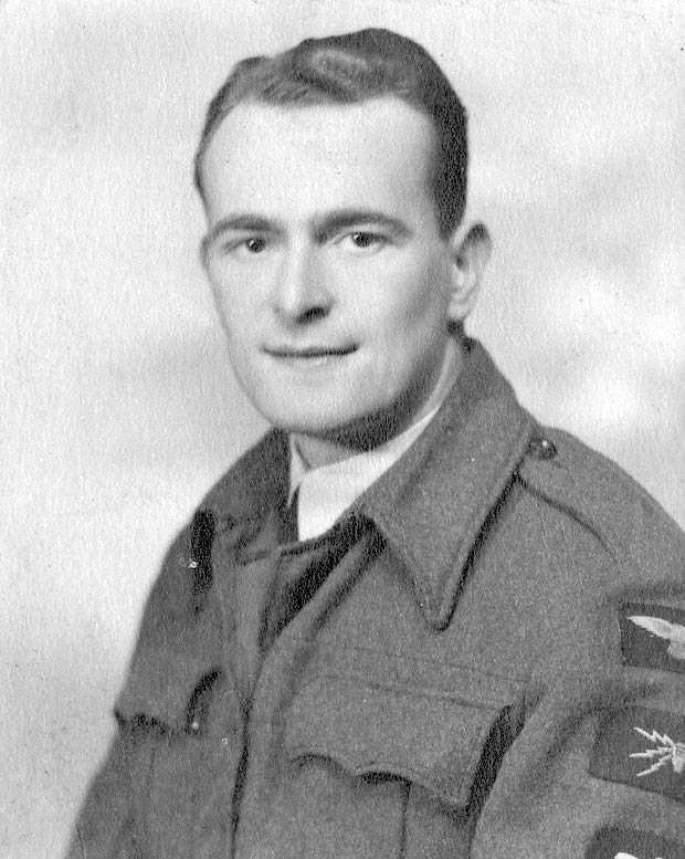 A young soldier, Harry Leslie Smith in uniform.