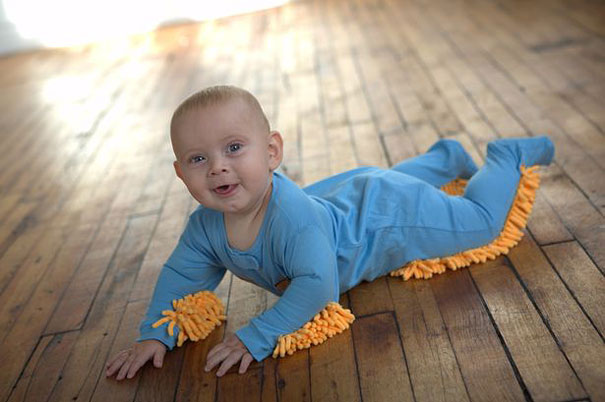 http://www.dailymail.co.uk/femail/article-2226731/Now-baby-help-housework-hilarious-floor-mop-babygro-goes-sale.html