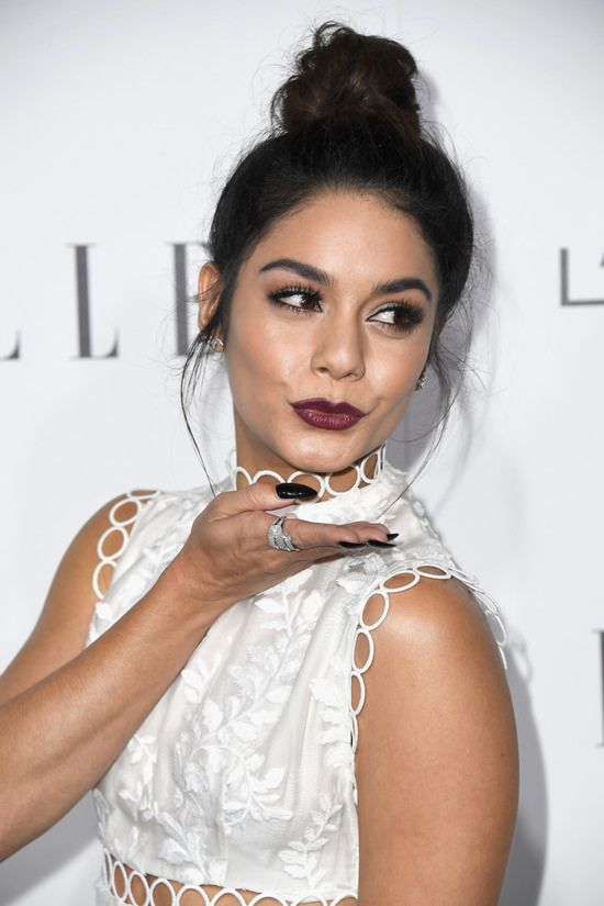 https://www.bloglovin.com/blogs/tom-lorenzo-2553568/vanessa-hudgens-in-zimmermann-at-2016-elle-5226412833
