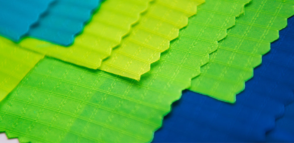 CUSTOM COLORS  All 2017 CrazyFly kite colors are custom developed shades supplied exclusively to CrazyFly only.